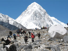 Instant Everest Trek - A Short  & Easy Journey To Everest